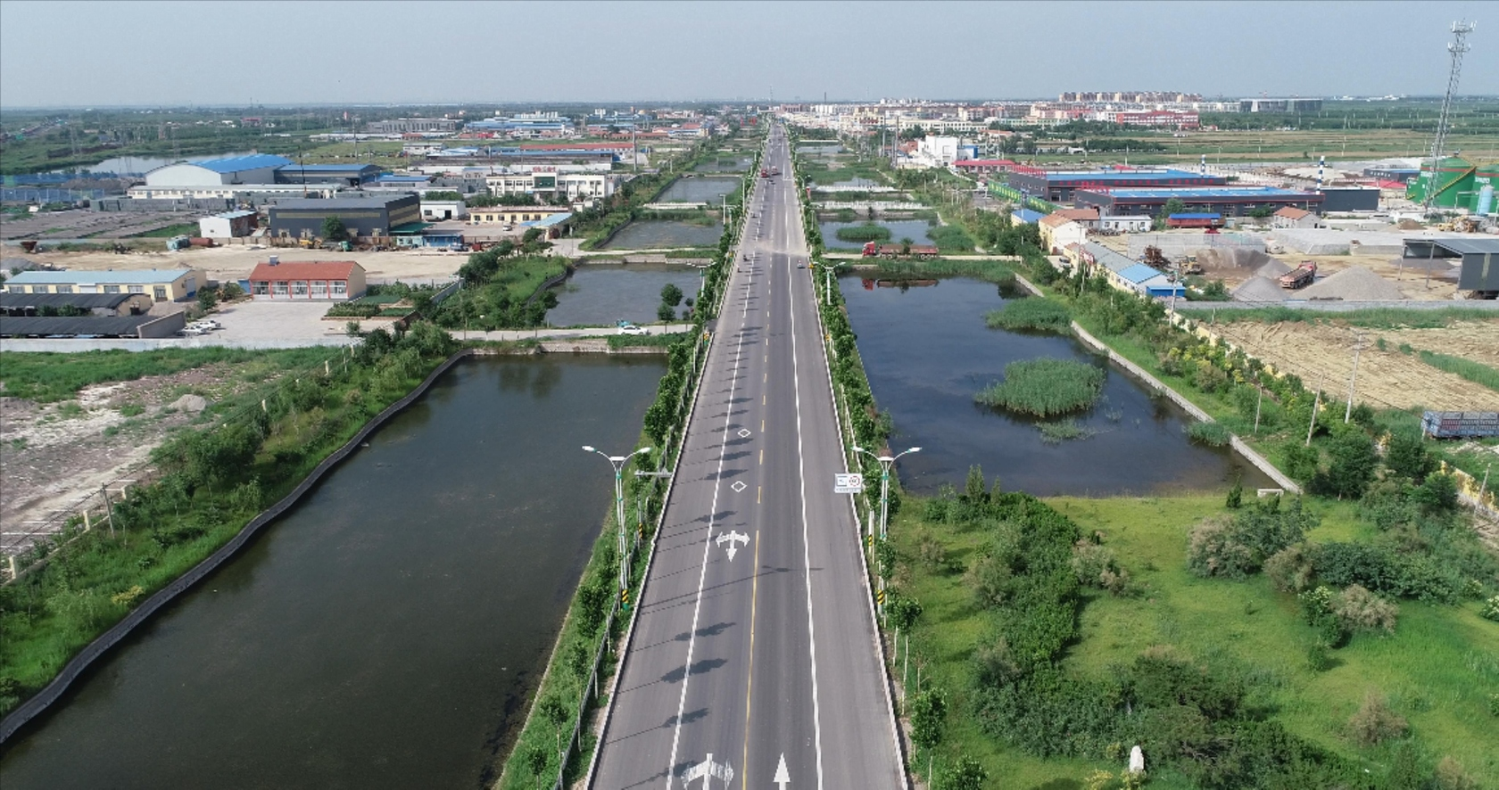 集团公司所属鲁东路桥G516沾青线大修工程通过交工验收并顺利通车